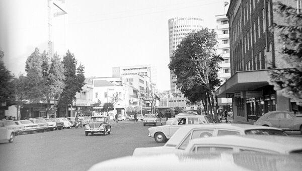 Авеню Кениаты в городе Найроби, столице Кении