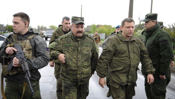 Глава ДНР Александр Захарченко в районе КПП Еленовка в Донецкой области. Архивное фото