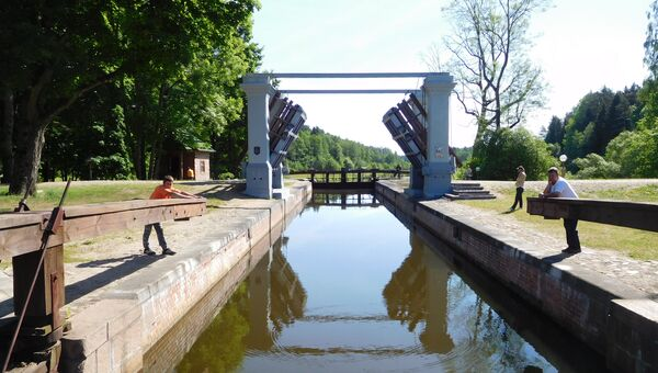 Представители СМИ из России и Белоруссии посетили парк Августовский канал
