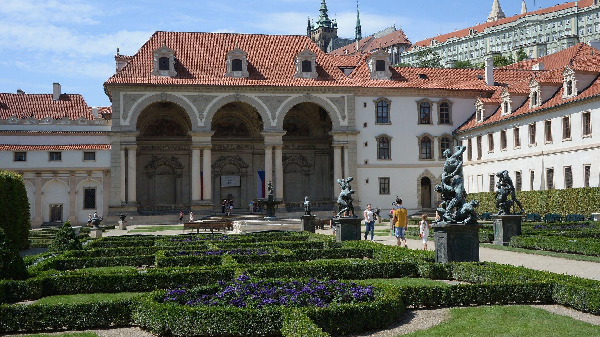 Здание Сената Чехии в Вальдштейнском саду - РИА Новости, 1920, 25.04.2021