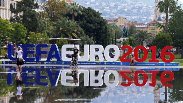 Символика чемпионата Европы по футболу в Ницце