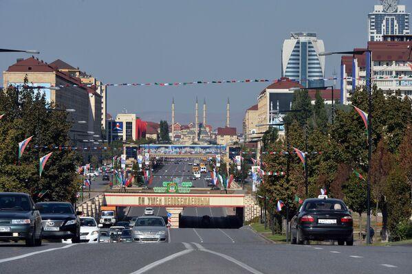 Проспект имени Ахмата Кадырова (бывшая улица Ленина) в Грозном