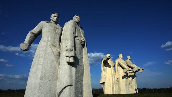 Мемориал памяти 28 героев-панфиловцев. Архивное фото