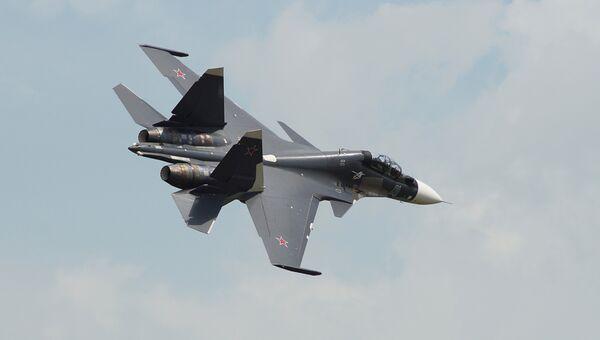 Самолет Су-30. Архивное фото