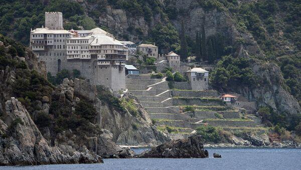 Православные монастыри Святой горы Афон. Архивное фото