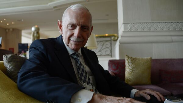 Генеральный директор Международной организации по миграции Уильям Лейси Свинг. Архивное фото