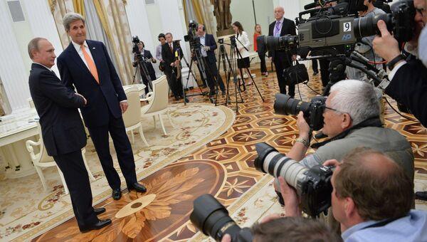 Рабочая встреча президента РФ В. Путина с государственным секретарем США Дж. Керри