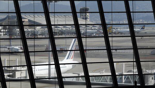Вид на аэропорт Ниццы. Архивное фото
