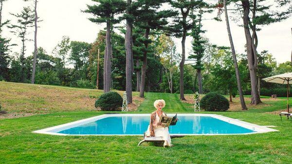Кадр из фильма Светская жизнь