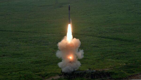 Пуск ракеты нового берегового ракетного комплекса Бастион береговых войск Тихоокеанского флота. 22 июля 2016
