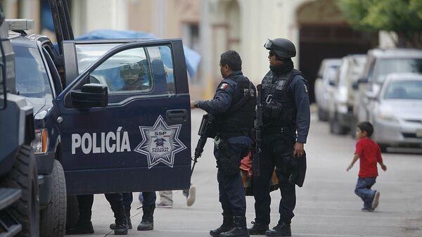 Сотрудники правоохранительных органов Мексики