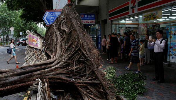 Последствия тайфуна Нида в Гонконге. 2 августа 2016