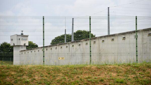 Тюрьма в городе Ле Ман, в которой заключенный захватил заложников