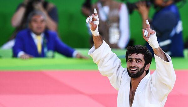 Беслан Мудранов, победивший в финальном поединке мужских соревнований по дзюдо на XXXI летних Олимпийских играх