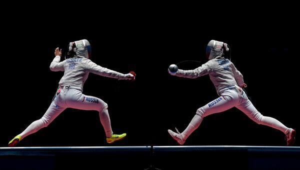 Софья Великая и Яна Егорян в финальном поединке индивидуального первенства по фехтованию на саблях на XXXI летних Олимпийских играх