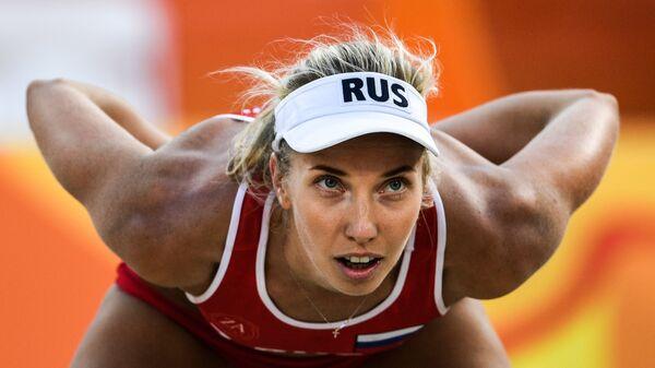 Евгения Уколова в матче турнира по пляжному волейболу на XXXI летних Олимпийских играх