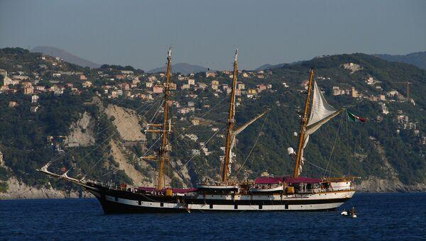 Учебный корабль военно-морских сил Италии Палинуро прибыл в порт Одессы