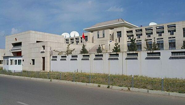 Здание посольства КНР в Бишкеке, где произошел взрыв. 30 августа 2016. Архивное фото