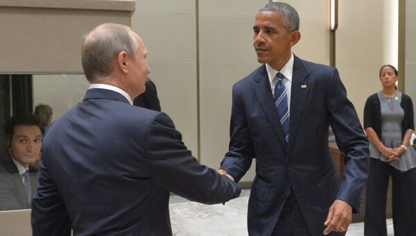Президент РФ Владимир Путин и президент США Барак Обама. Архивное фото