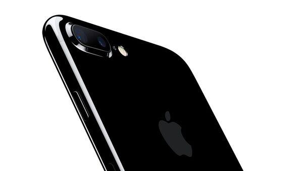 iPhone 7. Архивное фото