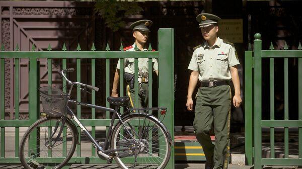 Сотрудники полиции Китая