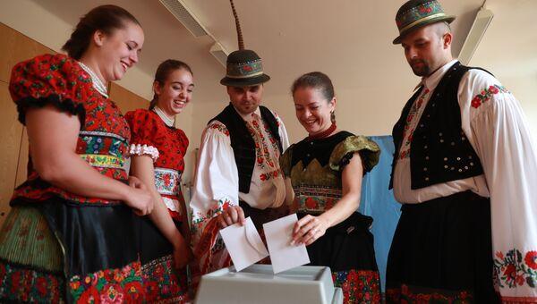 Голосование на референдуме по поводу квот Евросоюза по расселению беженцев в Венгрии. 2 октября 2016