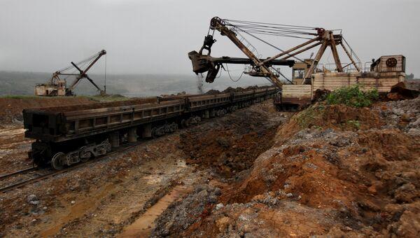 Работы на Лучегорском угольном разрезе в Приморском крае. Архивное фото
