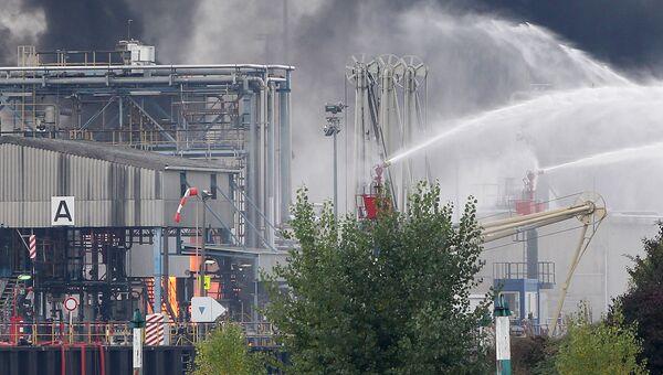 Пожар на предприятии химического концерна BASF в немецком городе Людвигсхафен-ам-Райн в Германии