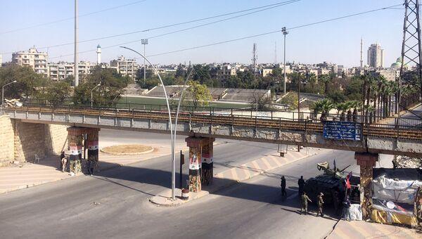 КПП у гуманитарного коридора Бустан аль-Каср на границе восточного и западного Алеппо. Архивное фото