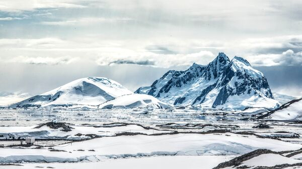 Льды в Антарктиде