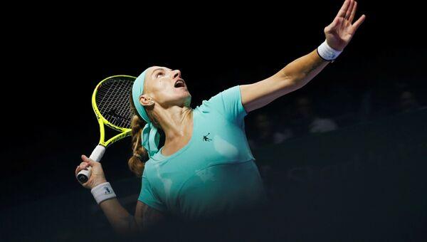 Светлана Кузнецова в матче против Доминики Цибулковой в Сингапуре