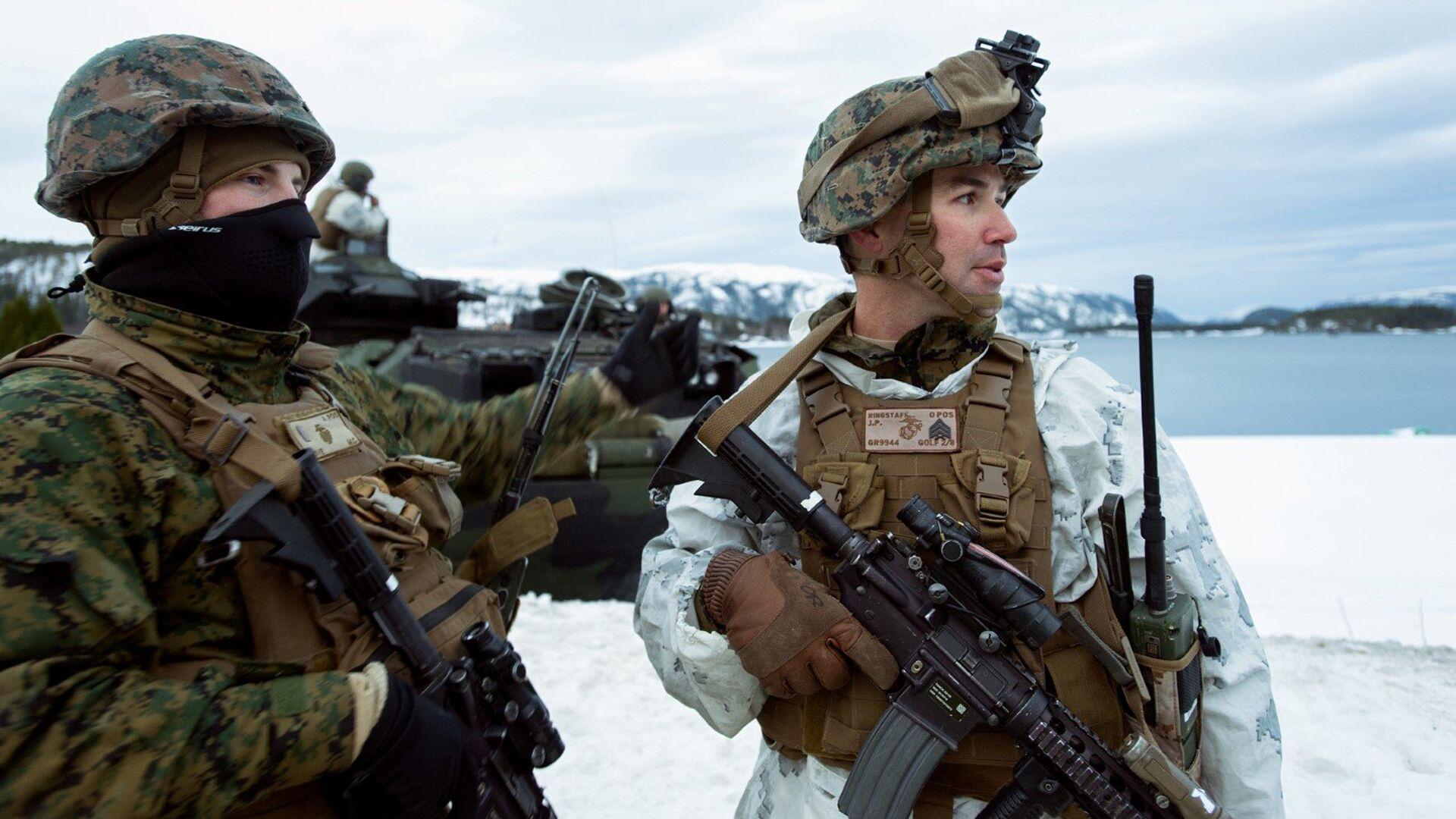 Американские морские пехотинцы во время учений Cold Response 2016 на военной базе Вернес в Норвегии - РИА Новости, 1920, 11.02.2021
