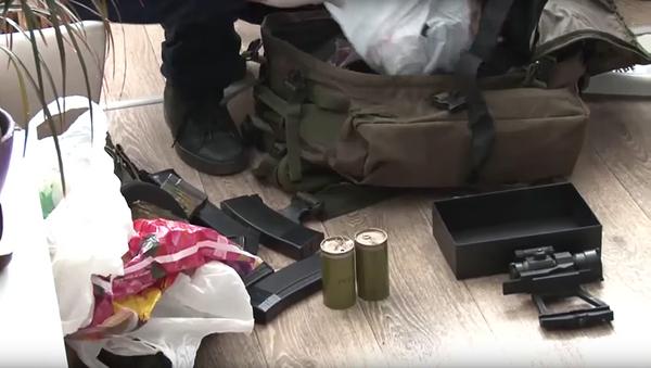 Изъятые боеприпасы у задержанных в Севастополе диверсантов. Оперативная съемка ФСБ России