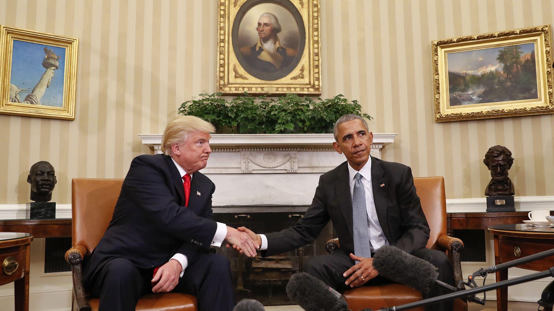 США рассекретили записи о возможном плане Обамы связать Трампа с Россией