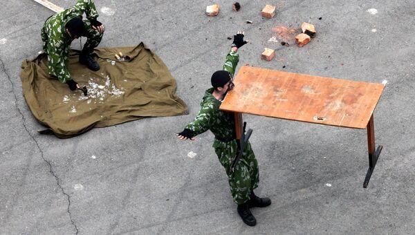 Показательные выступления морских пехотинцев во Владивостоке