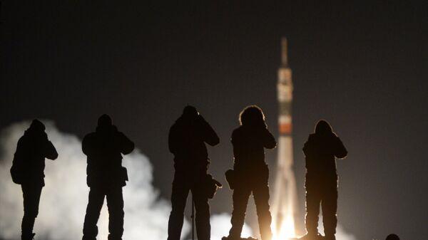Пуск ракеты-носителя Союз-ФГ с пилотируемым кораблем Союз МС-03 с космодрома Байконур. 17 ноября 2016