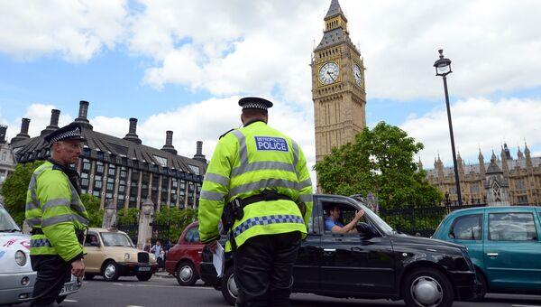 Сотрудники правоохранительных органов Великобритании в Лондоне. Архивное фото