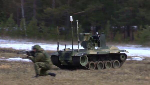 Роботы-охранники шахтных пусковых установок РВСН в действии. Кадры испытаний