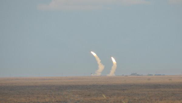 Ракетные учения вооруженных сил Украины близ Крыма. Архивное фото