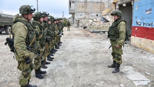 Работа инженеров Международного противоминного центра Вооруженных Сил России в освобожденном Алеппо. Архивное фото