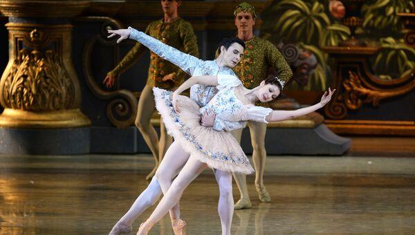 Балет Щелкунчик в Новосибирском театре оперы и балета. Архивное фото