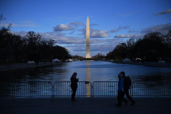 Вид на монумент Вашингтона