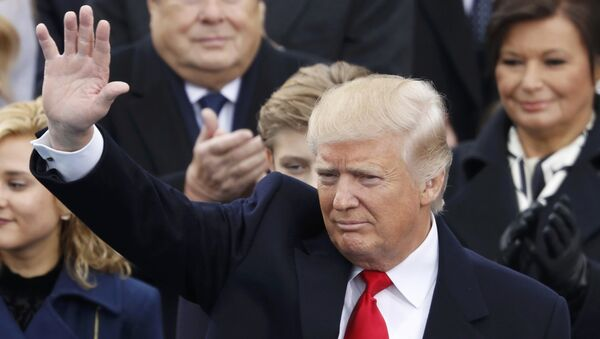 Избранный президент США Дональд Трамп во время церемонии инаугурации. 20 января 2017