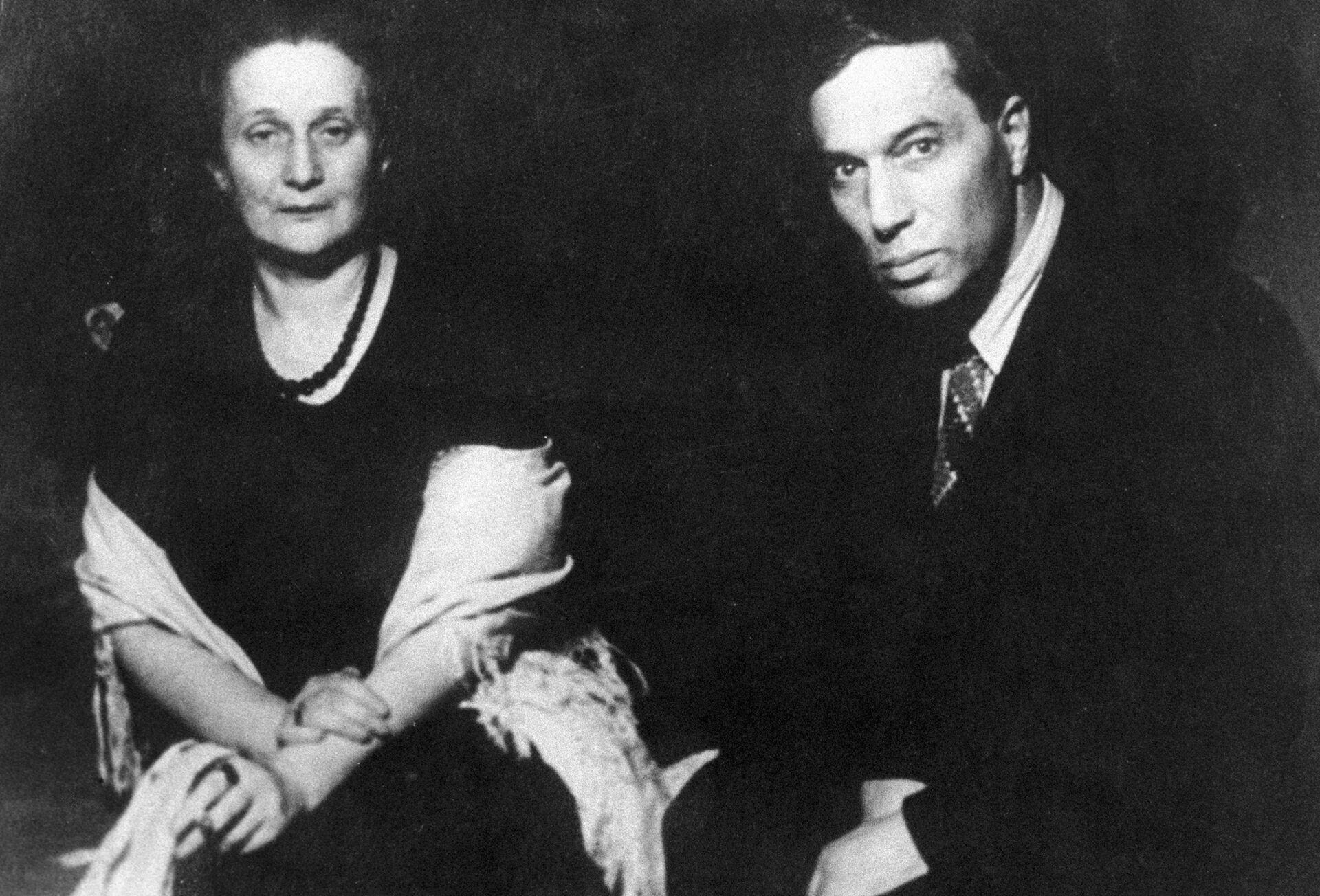 Поэты Анна Ахматова и Борис Пастернак. 1946 год  - РИА Новости, 1920, 13.10.2020