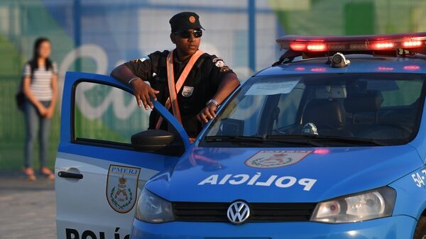 Полицейский автомобиль в Рио-де-Жанейро