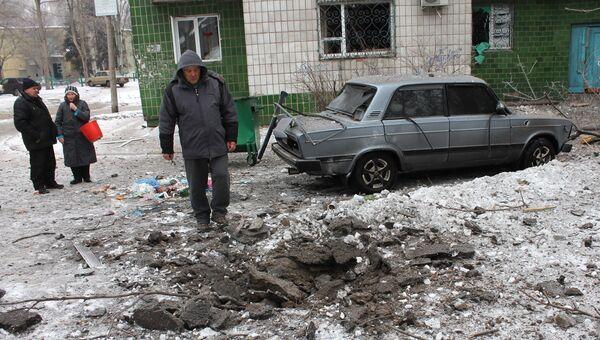 Последствия ночного обстрела в ДНР. Архивное фото