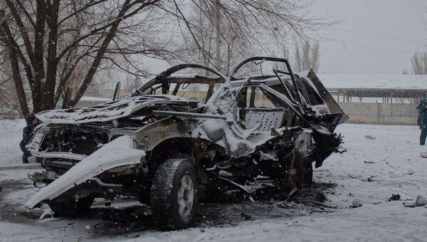 Взорванная машина начальника управления Народной милиции ЛНР Олега Анащенко