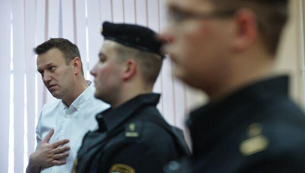 Алексей Навальный в Ленинском районном суде Кирова во время оглашения приговора по делу Кировлеса. 8 февраля 2017