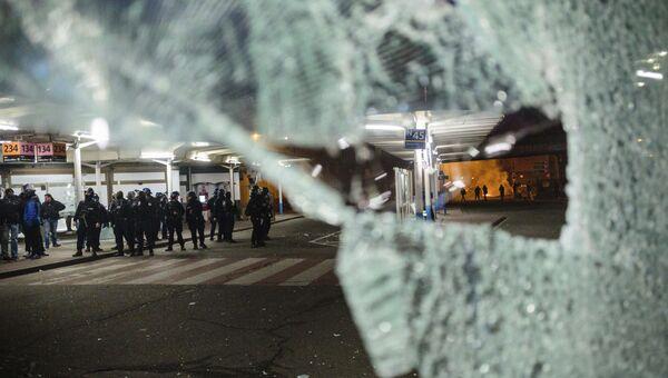 Протесты в северо-восточном пригороде Парижа Бобиньи