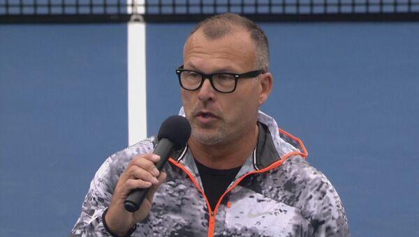 Певец исполнил гимн фашистской Германии на матче Кубка Федерации по теннису